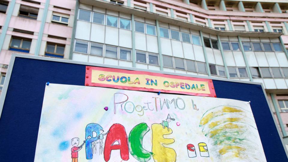 Fondo Scuola Italia dona 2 Computer alla Scuola in Ospedale di Feltre